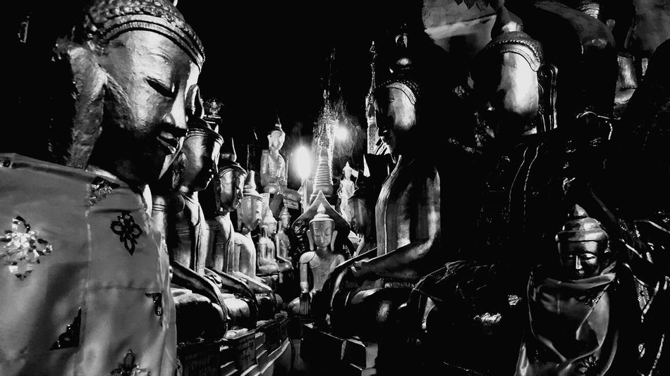 Black&white Buda Pagoda Myanmar Pagoda Travel Black & White Blackandwhite Photography พม่า Temple Black And White Photography Black & White Photography Pagoda Myanmar EyeEm EyeEm Gallery Architecture EyeEmNewHere