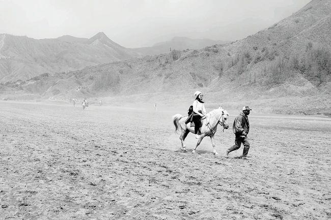 Black And White B&W Portrait Monochrome Blackandwhite Photography Traveling Weekend Landscape Landscape_photography