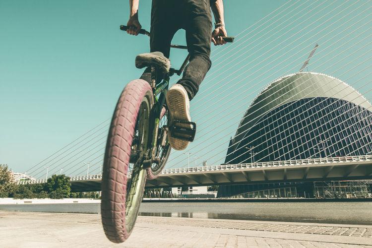 Young man doing street tricks with a bmx Bmx  Bmx Cycling Bmxlife Bmxbike Bmxbikes Ridingbmx Young Adult Street Trick  Tricks Riding Bike Jump Extreme Sports Urban Sports Park Cycle Cyclist Biker Fun Sport Bicycle Ramp Flying