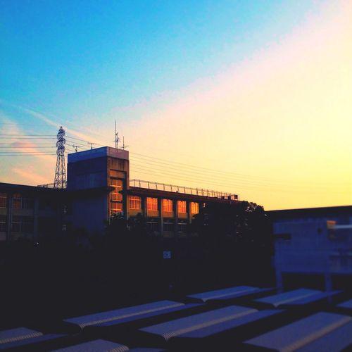 学校 昨日 Sky Sunset Orange School