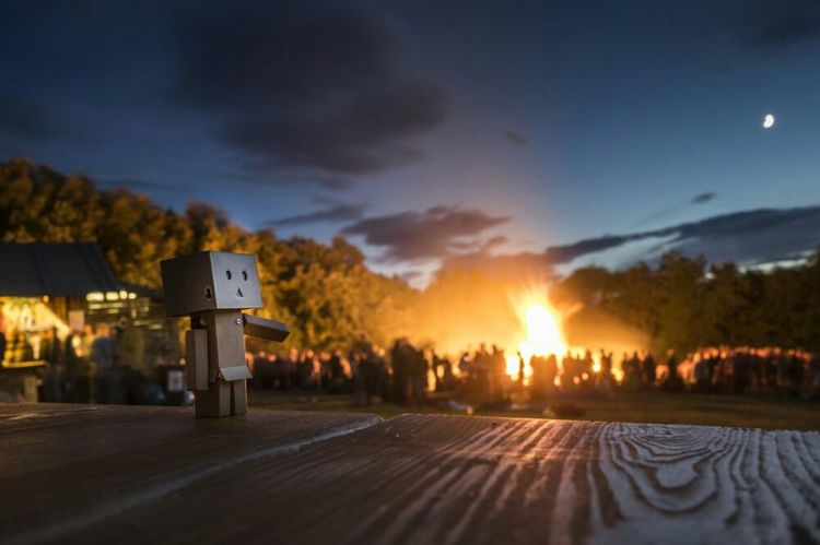 mr. Danbo was also on this event..look a hugh fire. i did not do anything. Sony A7mk2 Midsummer Fire The Moment - 2015 EyeEm Awards Sonnwendfeuer Party Time! Sonnwendfeier The Great Outdoors - 2015 EyeEm Awards