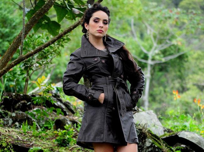 Brazilianmodel Brazilian Woman Fashion Photography Beauty EyeEm Best Shots Woman Portrait Woman Who Inspire You Woman Power Young Woman Beautiful Woman Woman In Nature Forest