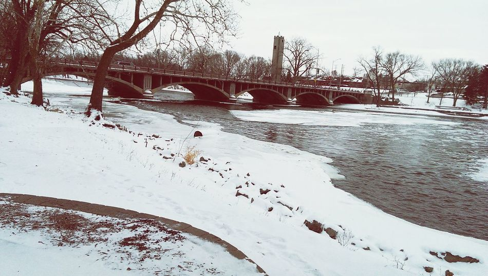 I'm down at the Fox River with my friend John on a chilly January day. Awesome trip to Starbucks followed. Fox River