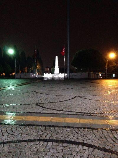 Sehitlik Türkbayrağı Istanbul şehitler ölmez Vatan Bölünmez