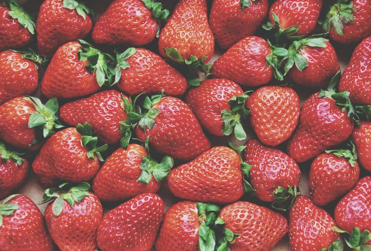 Ripe strawberries background