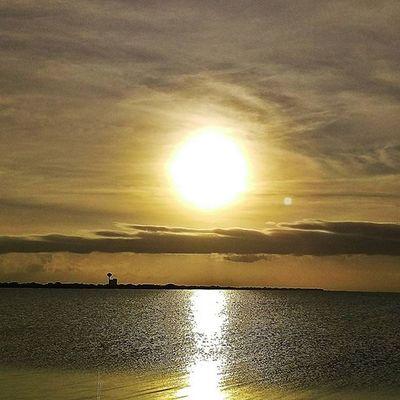 Hope you have a Sunny day LoveFl Emeraldcoast Emeraldcoasting HTCOneM9 Htconelife Oneography 20 .7mp @htc @HTCUSA @HTC_UK @HTCelevate @HTCMEA @HTC_IN @HTCIreland @HTCCanada @HTCMalaysia @htcsouthasia @htcfrance TeamHTC @sharealittlesunshine @pureflorida Beachlife