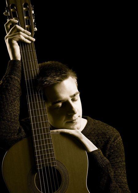 Love is a gentle sound from a guitar Guitar Guitarist Guitar Love Shooting Musik Musikinstrument Musiker Gitarre Gitarre Spielen