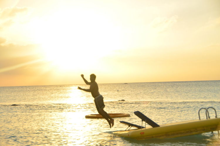 43 Golden Moments Caymanislands Horizon Over Water Lifestyles Nature Orange Color Sea Sun Sunset Vacations Water