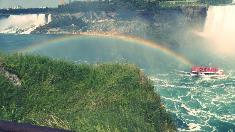 Niagra Falls Rainbow Niagrafalls NiagraFallsOntario Rainbow Ferryboat Waterfall