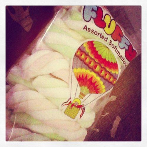 Fluffy, soft, yummy, sweet MARSH MALLOWS :)) Snack :)Hahaha Kaya Tumataba