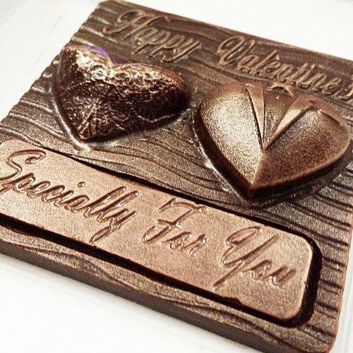 Nice delicious chocolate from Chocolatechapters Chocolate Vday Loveday Cokelat Dessert Love ValentinesGift Choc