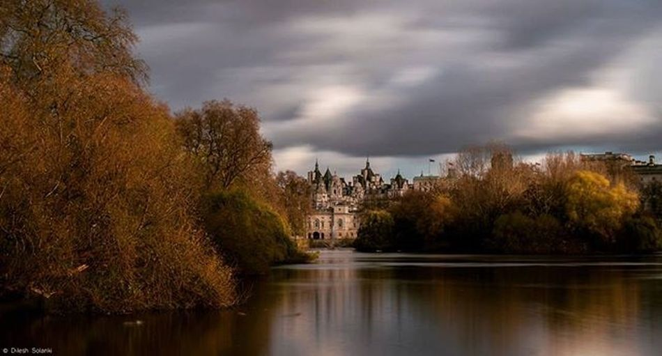 Long exposure of horse guards parade taken in St James park. Longexposure Long Exposure Horseguardsparade Photography Photooftheday Clouds Bluesky Blueskys Canonuk Canon Canonphotography Canon7dMK2 Canonlens Canonlenses 70200mm Canon70200 London Showcase: November