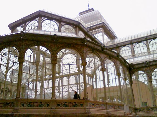 Travel Destinations Architecture Travel History Madrid Spain ✈️🇪🇸 El Palacio De Cristal Del Retiro Madrid Spain El Retiro, Madrid Spain, Madrid, Tourism, Tourist, Buildings Beauty In Nature Architecture Day Europe Trip Museums Museum Of Modern Art