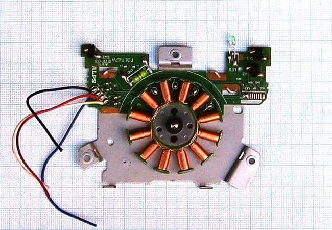Recycling is a lifetime hobby... Recycled Materials Reduce, Reuse, Recycle, Respect Electronics  Technique Creativity Socialflotribute Aimiamos Creative Arts  Copper Art Electric Wires