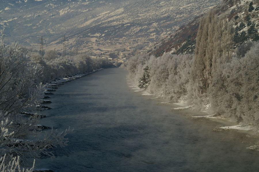 Schweiz Switzerland Wallis Leuk Winter Rhône Rotten Winter Wintertime Wintermorgen Schnee Eis Kalt Cold Temperature Cold Landscape River