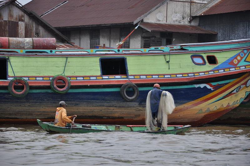 menjala ikan INDONESIA Palembang Musi River EyeEm Selects Nautical Vessel Transportation Mode Of Transport Day Adult Outdoors Men