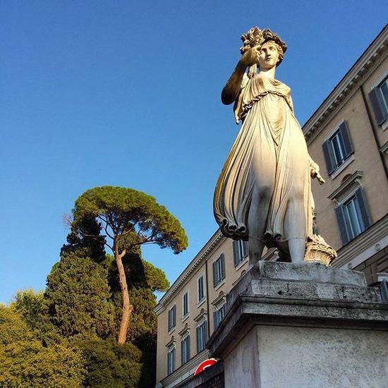 Piazzadelpopolo Ig_rome Skulptur Roma Moving Around Rome