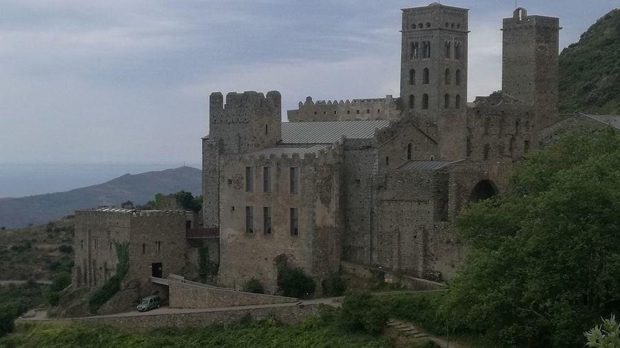 History Architecture Castle IgersEyeEm Passejada Matinal Tranqulitat Vacations Igersgirona Igcatalonia Igerscatalunya Llocs Amb Encant Rural Scene Nature Llocsambencant