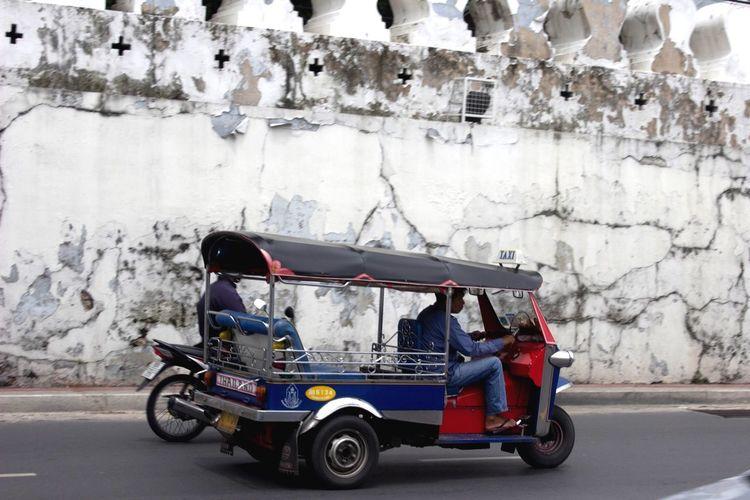 Spotted In Thailand Traveling Thailand Bangkok Taxi TukTuk Daily Life Way To Go Home Cityscapes City Life Thai Thailand_allshots Daily Transportation Asian Urban Bangkok City Life Adventures In The City