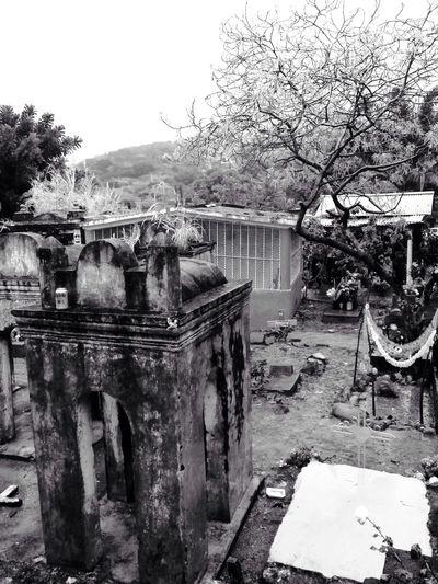 Cementerio Diademuertos Graveyard.
