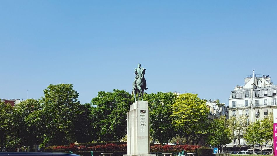 Statue Tree Outdoors Sky Sculpture Memorial No People Architecture Clear Sky History Cross Day Travel Destinations Blue City Cityscape King - Royal Person Paris, France