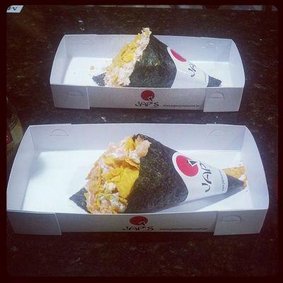Já que e pra trabalhar até agora... Que termine bem! Temaki Japa Japanesefood Instafood