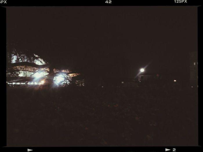 А с 18:25, восхода Луны - полнолуние Fullmoon . Фаза 97% нынче-с: