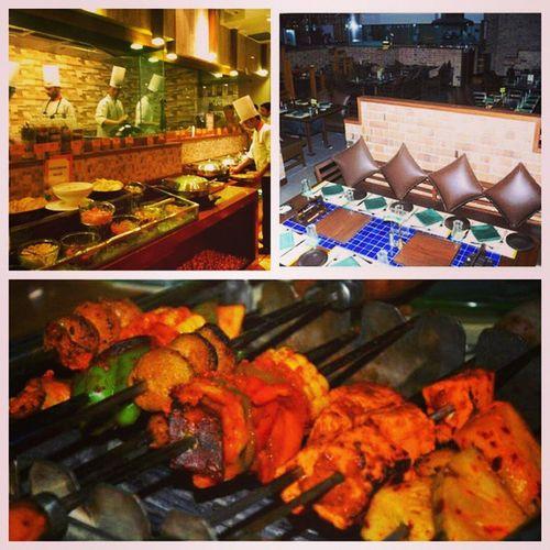 Dinner @ Barbequenation Vasantkunj Finally Feeling Better Pixlr Edits Kebabs Africaa Nation Yummy Food😜 Family Blessed  Fun Delhi Delhi_igers Dinner Livethelife