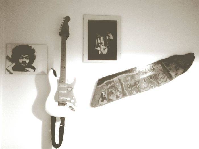 Guitar Guitarist Guitars Guitar Love Guitar Player Music Musician Music Is My Life White Guitar Jimi Hendrix Jimi Jimihendrix TheJimiHendrixExperience Wing Wings