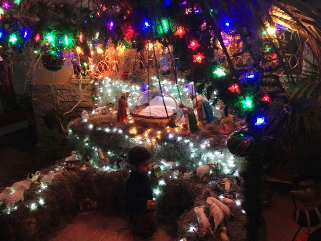 Niño Jesús Pesebre Nacimiento Tradition Christmas Lights Night Ligth And Shadows Christmas Lights