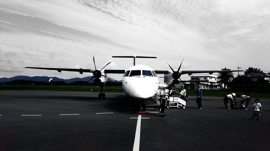 Travel Airport Airplane Small Town DHC8-Q400