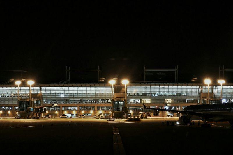 Korea Photos Airport Night Lights Night View Nightphotography Airplane Light And Shadow Silhouette From An Airplane Window Streamzoofamily