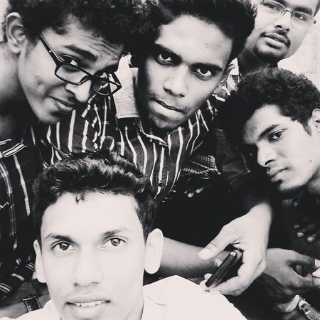 FrndsCandycamera Fun Fun Photgraphy Selfie Akhi Fatso Roshan Joker Nd i the freak ;)