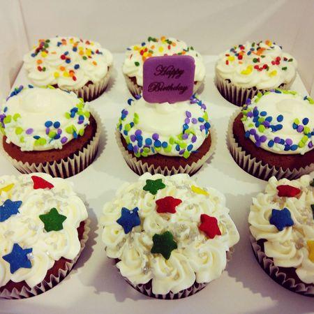 Birthday Cupcakes Happy 😊😊😊 I Love My Job ❤ 😚😚
