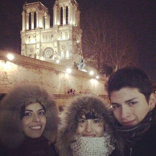 Freezing Paris Notredame Family Pictures Paris Je T'aime