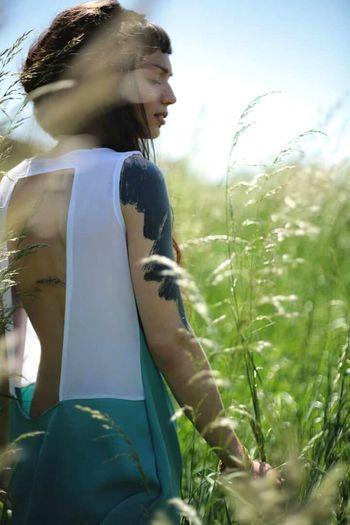 🌴♬❤ Summer Day Nature Grassfield Fashionable Fashionblogger Fashionphotography Tattooedgirls Tattoo Girl Tattooart Blacktattoo Photoshoot Photos Around You Canon_photos Fashionbrand Candybalism First Eyeem Photo The Portraitist - 2017 EyeEm Awards EyeEmNewHere Place Of Heart
