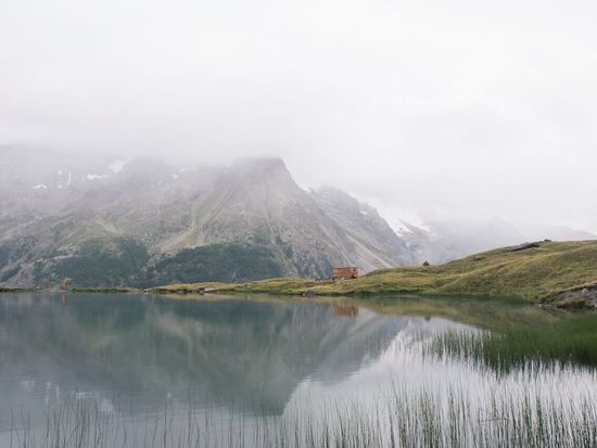 Fog Mountain Nature Scenics Reflection Outdoors Lake Beauty In Nature Tranquil Scene Water No People Day Tranquility Sky