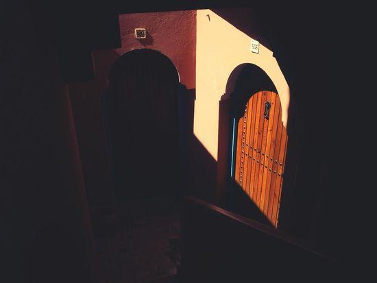 Marokko 12 . die Sonne am Pool genießen. Licht Und Schatten Stadtlandschaften Urban Geometry Shootermag