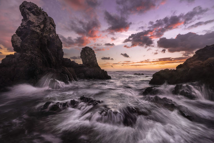 amakusa,kumamoto,japan Sea Sky Water Beauty In Nature Rock Cloud - Sky Rock - Object Scenics - Nature Solid Motion Sunset Rock Formation Beach Land Blurred Motion Wave No People Nature Tranquility Horizon Over Water Flowing Water