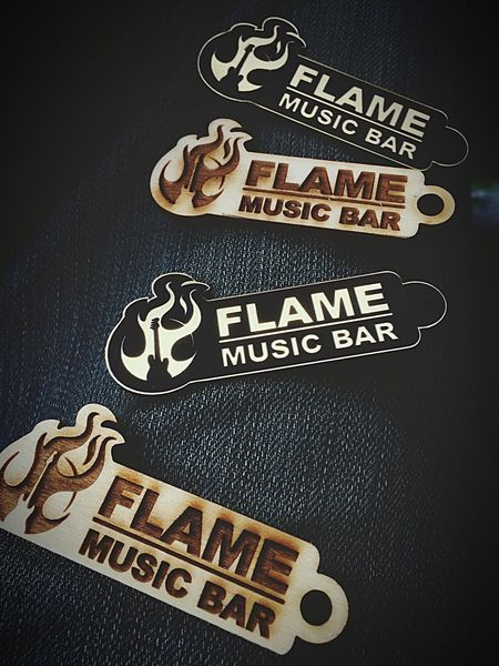 Flame Musicbar flame Music bar Keychain Keychain Venue Lieblingsteil Favoritebar Merche Merchandise Bar Wood Lasercut