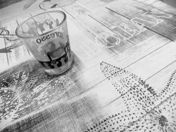 Ocean Expresso Expresso Coffee Black And White Heart Glass One Cofee Expresso Coffee Ocean Text Ocean Theme Black And White - Coffee Black And White Photography In France