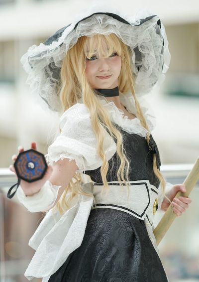 Katsucon 2019 Katsucon 2019 Katsucon Cosplaygirl Cosplayer Cosplay Blond Hair Women Real People Focus On Foreground Hair Lifestyles One Person Front View Clothing Looking At Camera Portrait Females Costume Smiling Waist Up Innocence