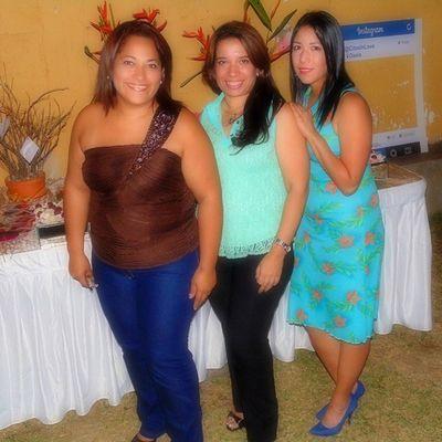 Con mis bellas amigas SanabriaMendoza
