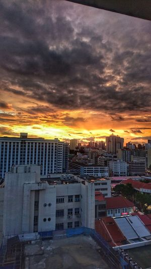 sunset (viewing from Blk 1 Maude Road) EveningPhotography Snapseed IMography 3XSPUnity Singaporestreetphotography Sonyxperiaphotography High Angle View Mobilephotography Smartphonephotography Eveninglight Sunset Cloudobsession