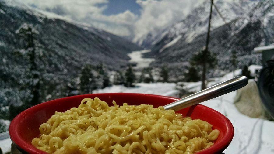 Food Porn Awards Maggi The Great Himalayas Sikkim India Yumthang Valley 14000ft High