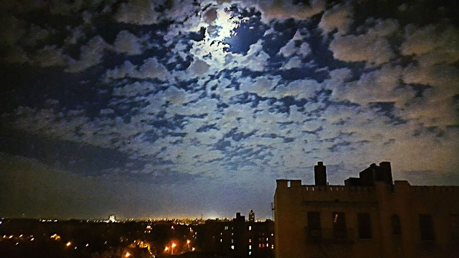 Check This Out Taking Photos Photos At Night Darkness And Light Clouds Sky Grittystreetsofnyc Moon Moon Light Moon And Clouds View From The Window...