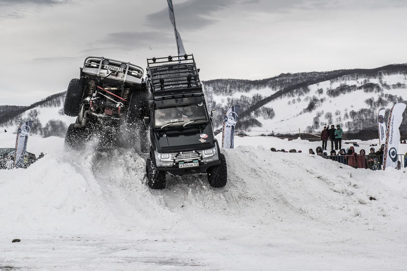 """Offroad. cars competitions """"snowway"""" 2018 снежныйпуть2018 снежныйпуть Nikon NikonRussia Offroad 4x4 Toyota #prado #cars #snowway #competition Jeep #offroadcompetitions #kamchatka #sport Fareast_russia Outdoors Winter Cold Temperature Day Snow Sky"""