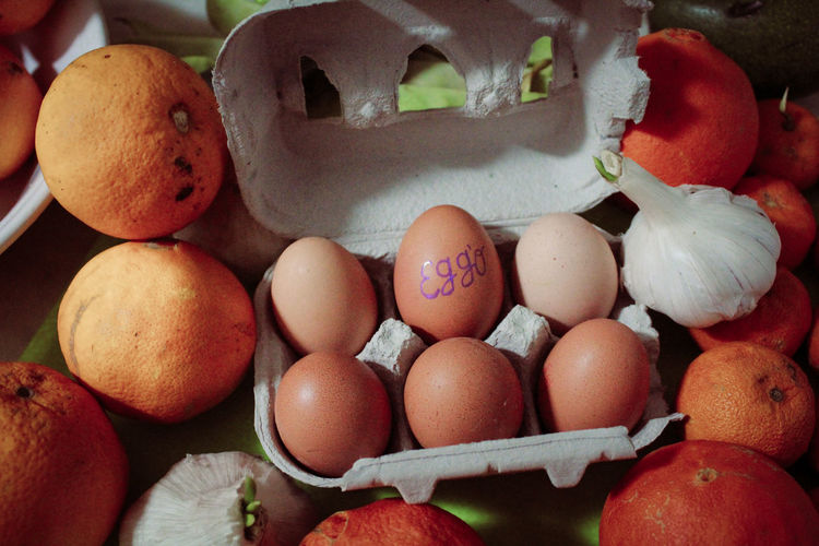 Close-up Day Egg Carton Eggshell Food Food And Drink Freshness Fruit Healthy Eating Indoors  Large Group Of Objects No People Still Life