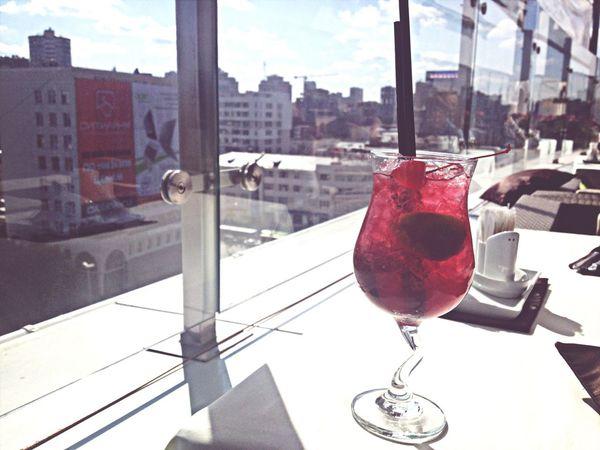 Dinner Cafe Coctail Enjoying The Sun
