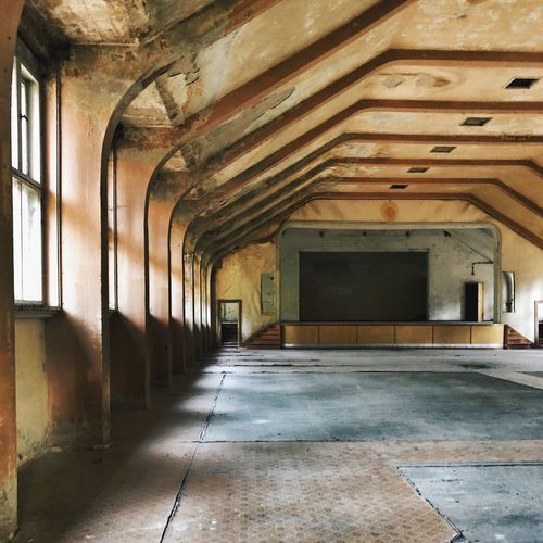 Abandoned Berlin Urban Decay Abandoned Places Architecture Built Structure Building Abandoned Indoors  No People Ceiling